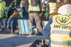 9 mars : Alternatiba et ANV-COP21 en soutien au sit-in non-violent des Gilets jaunes : image à la une