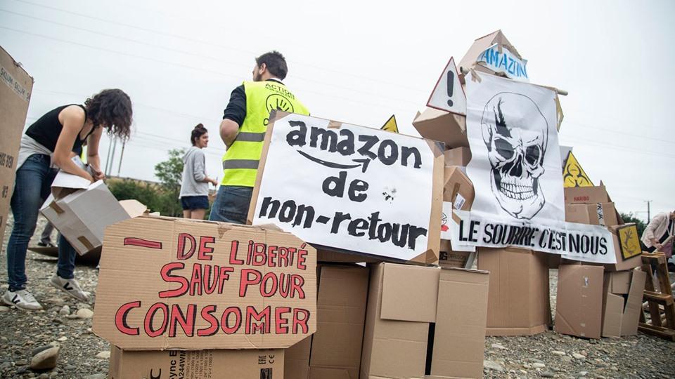 Blocage entrepôt Amazon au Sud de Toulouse