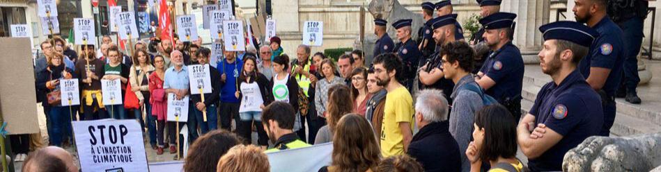 Mobilisation procès des Décrocheur·ses à Orléan