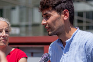 Vague d'actions pour soutenir un militant anti-pub en procès : image à la une