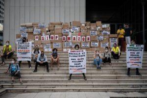 Le moratoire, dernier rempart contre Amazon : image à la une