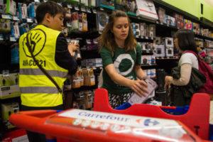 Jour du dépassement : Leclerc et Carrefour ciblés partout en France : image à la une