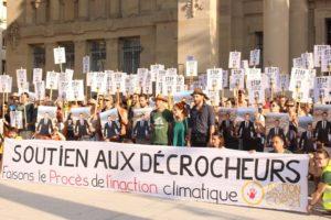 """Victoire pour les """"décrocheurs"""" : le tribunal de Strasbourg relaxe les trois prévenus : image à la une"""