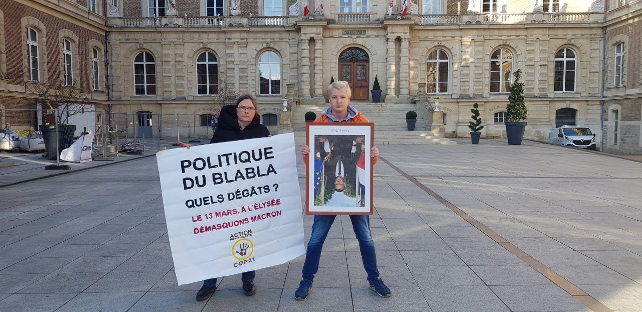 Amiens : ANV-COP21 décroche Macron dans son fief : Image à la une