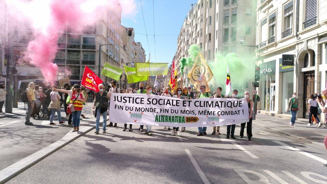 Marche climat 9 Mai Lyon
