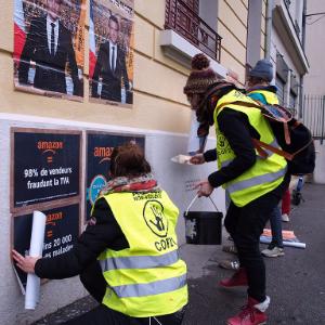 Action Amazon collage en ville de Lyon