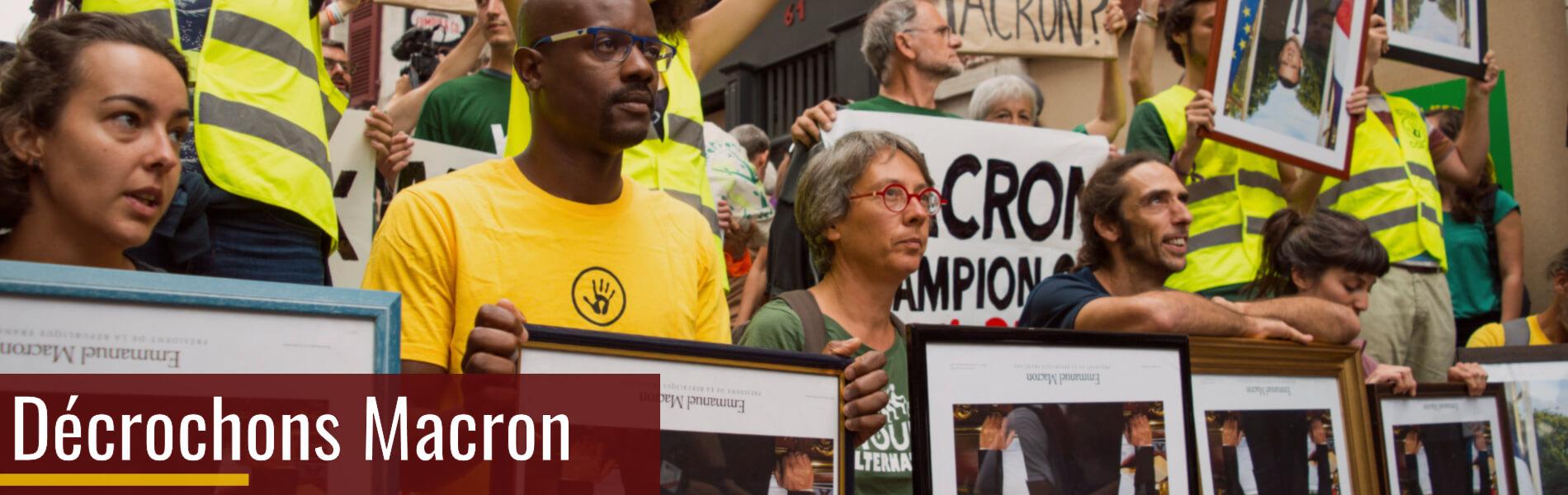 Campagne Décrochons Macron - Crédit photo : Anne Donoroy